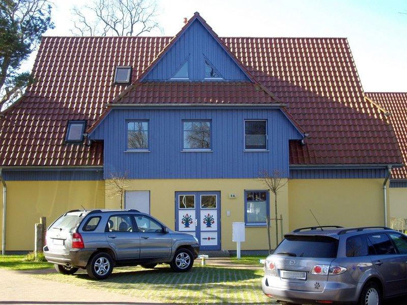 ruhig und zentral gelegene Ferienwohnung im Ortskern von Prerow inkl. WLAN, holiday rental in Ostseebad Prerow