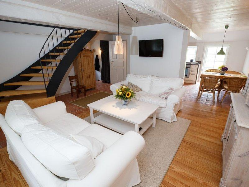 Ferienhaus für 5 Gäste mit 75m² in Borgsum (96606), holiday rental in Norddorf