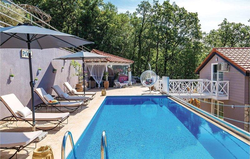4 Zimmer Unterkunft in Veprinac, holiday rental in Veprinac