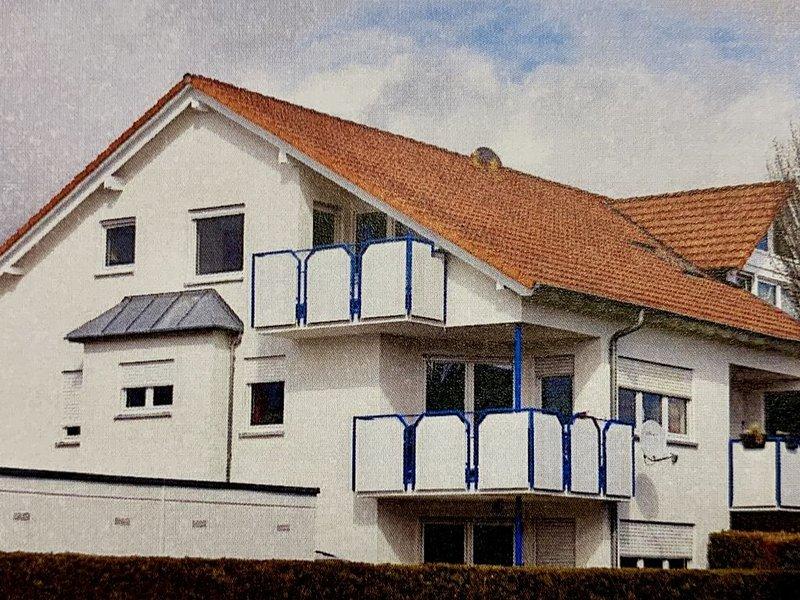 Helles & neu eingerichtetes Apartment, alquiler vacacional en Grosserlach