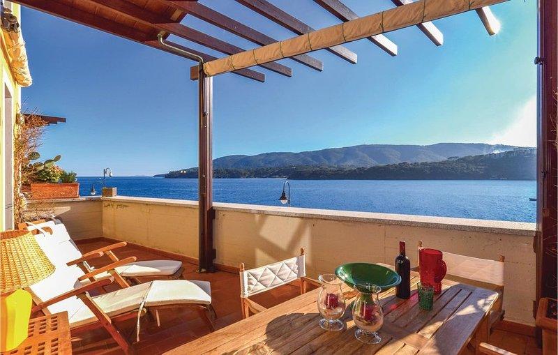 2 Zimmer Unterkunft in Porto Azzurro (LI), holiday rental in Naregno