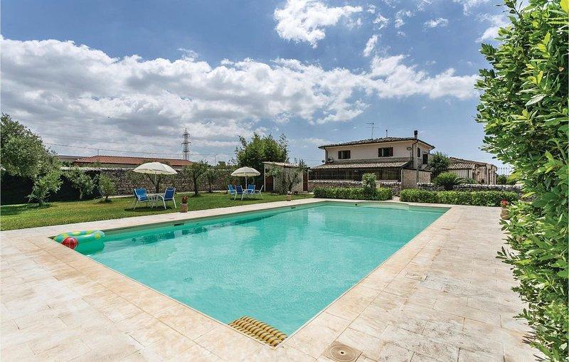 4 Zimmer Unterkunft in Ragusa, holiday rental in Cimilla