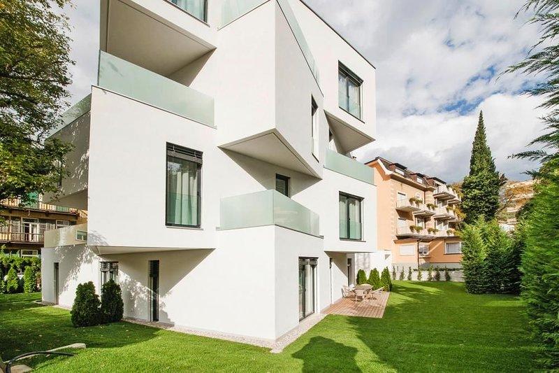 Residence Désirée Design, Meran, vacation rental in Lana