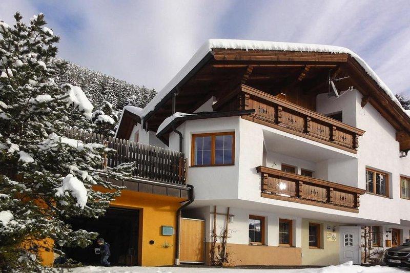Doppelhaushälfte Jäger, Ötz, vacation rental in Tarrenz