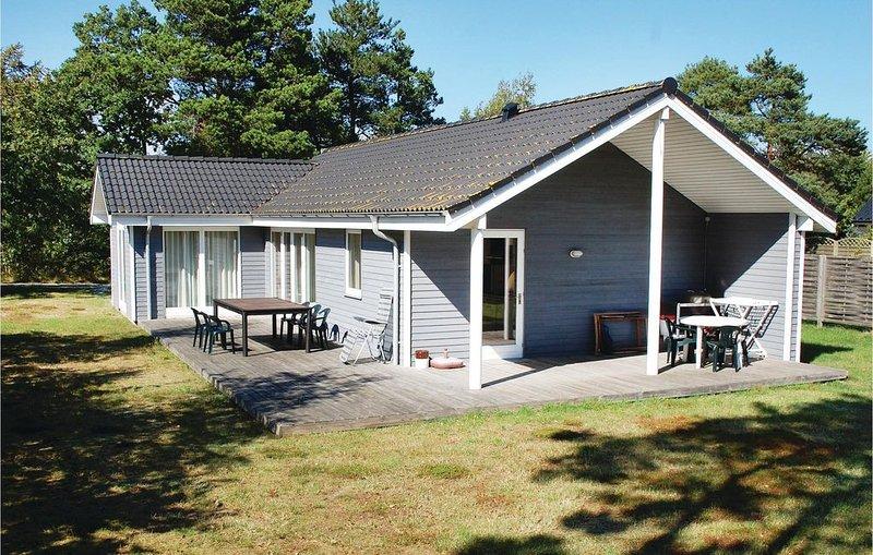 3 Zimmer Unterkunft in Knebel, vacation rental in East Jutland