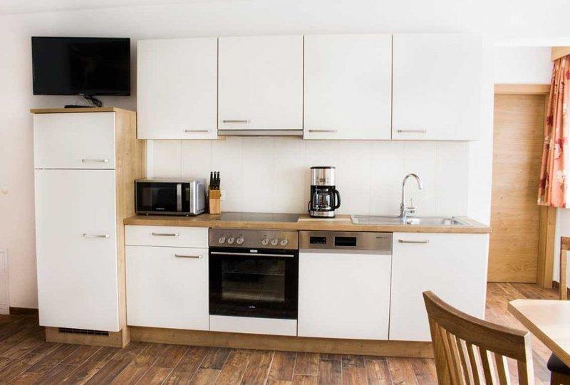 Schönes - stilvolles Apartment mit Ausblick auf die Zillertaler Bergwelt, alquiler vacacional en Hippach