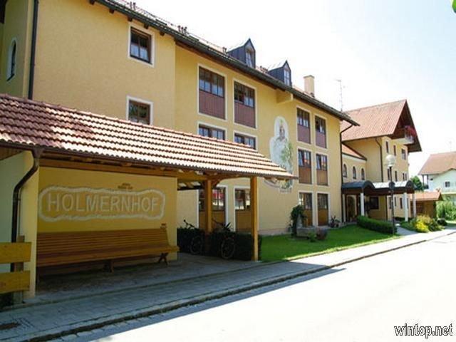 Appartement | DG-Mansardenappartement für 4 Personen (55m2), holiday rental in Bad Fussing