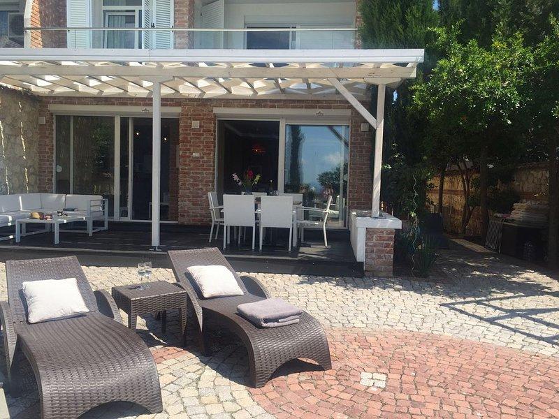 Villa direkt am Meer in der Altstadt Nessebar.WLAN., alquiler vacacional en Nessebar