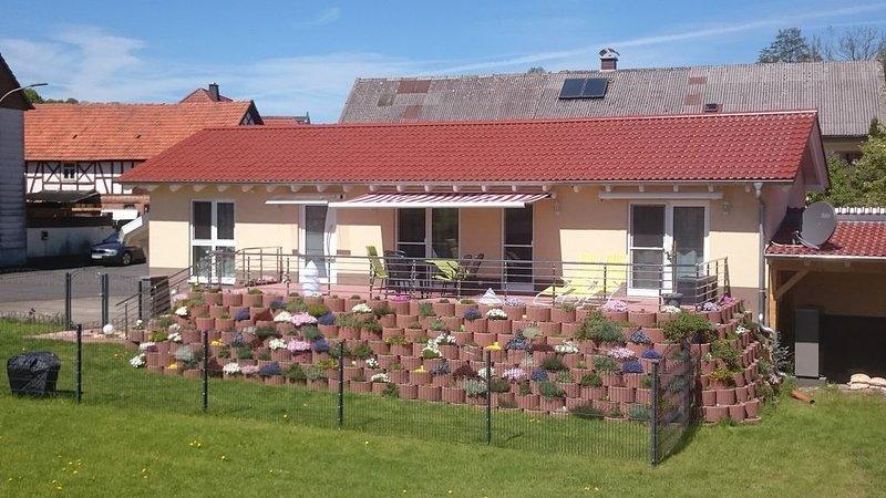 Ferienhaus für 4 Pers.  im Naturpark Vogelsberg,  Ankommen und sich wohlfühlen, vacation rental in Ortenberg