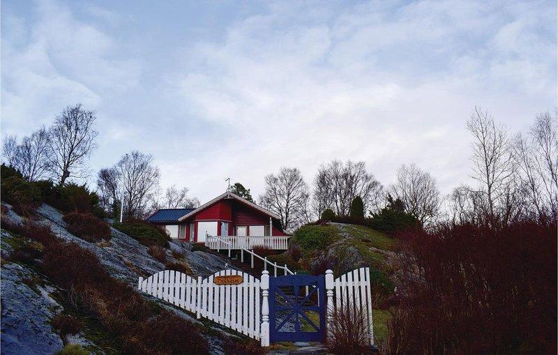 2 Zimmer Unterkunft in Sagvåg, holiday rental in Stord Municipality