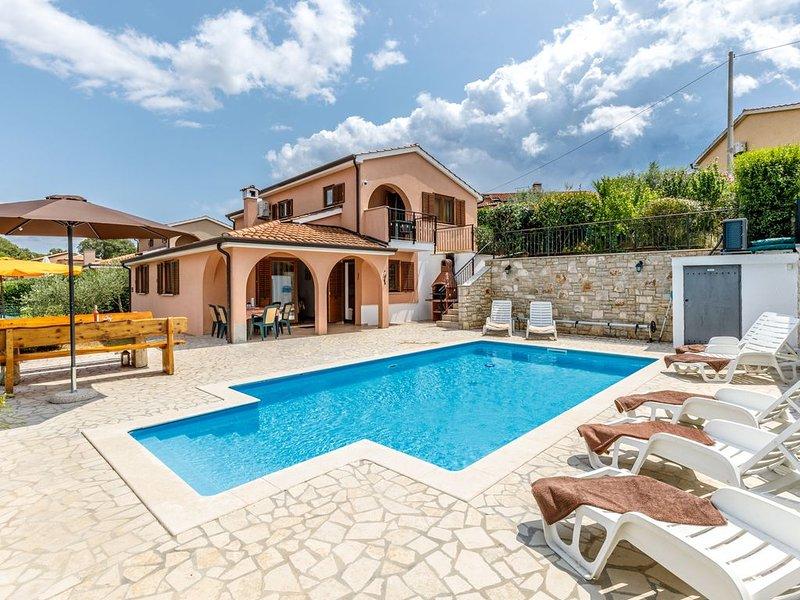 Pure Erholung in dieser Villa für bis zu 8 Personen in Istrien, holiday rental in Radmani