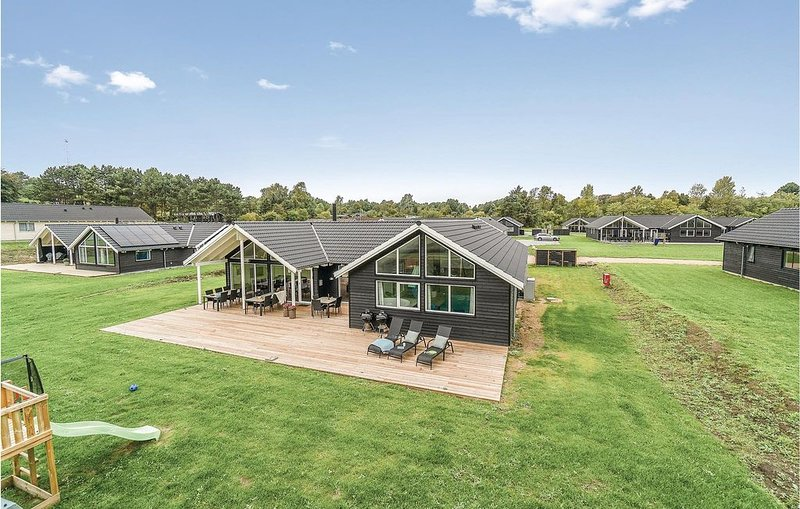 6 Zimmer Unterkunft in Vejby, holiday rental in Havelse