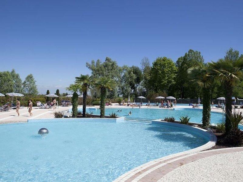 Ferienhaus - 7 Personen*, 32m² Wohnfläche, 3 Schlafzimmer, Internet/WIFI, vacation rental in Teglio Veneto