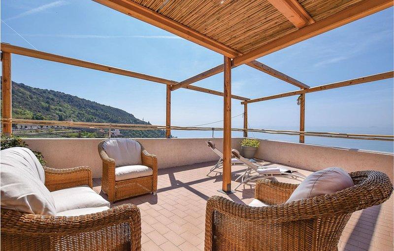 2 Zimmer Unterkunft in Borgio Verezzi (SV), holiday rental in Gorra
