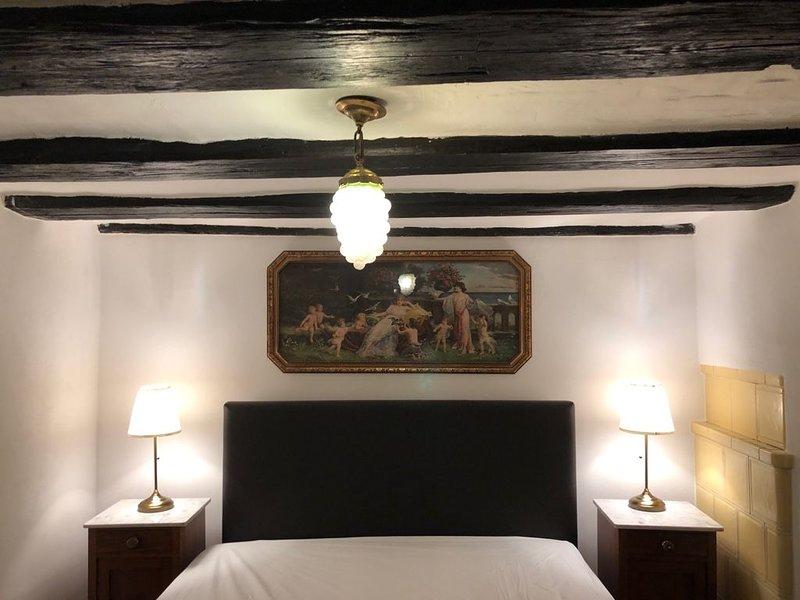 Fewo Hochparterre im historischen Ambiente, holiday rental in Rhodt unter Rietburg