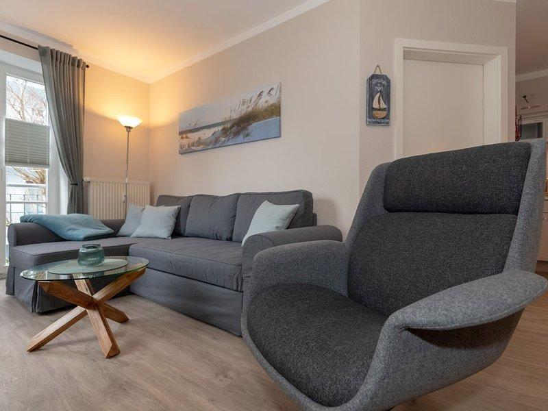 Appartement 247 - 100m zum Strand - Schwimmbad + Sauna - WLAN - PKW Stellplatz, holiday rental in Ostseebad Kuhlungsborn