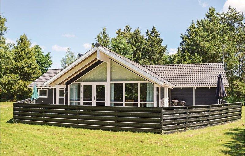 4 Zimmer Unterkunft in Hals, vacation rental in Asaa