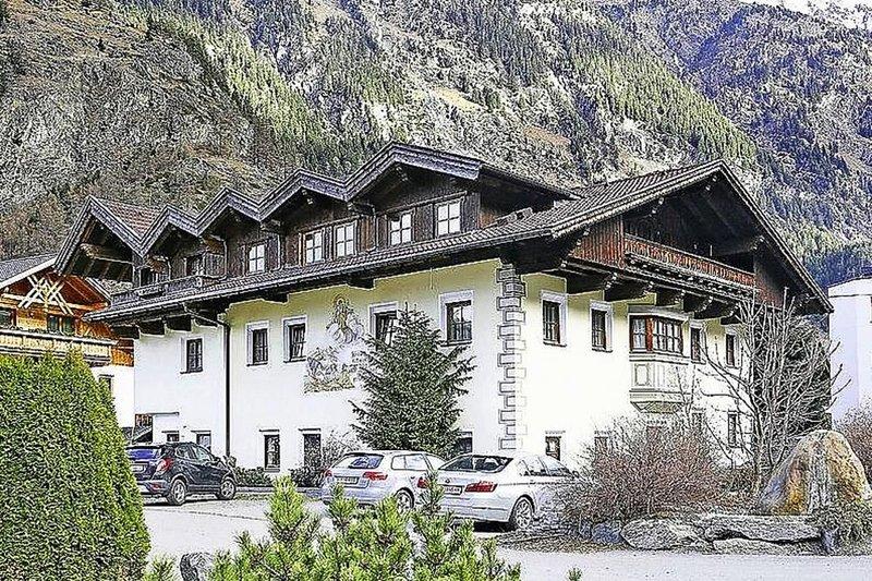 Ferienwohnung Schweizerhof, Längenfeld, vacation rental in Neurur
