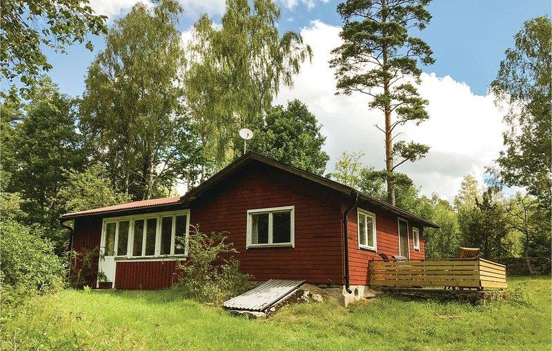 2 Zimmer Unterkunft in Bräkne Hoby, holiday rental in Ronneby