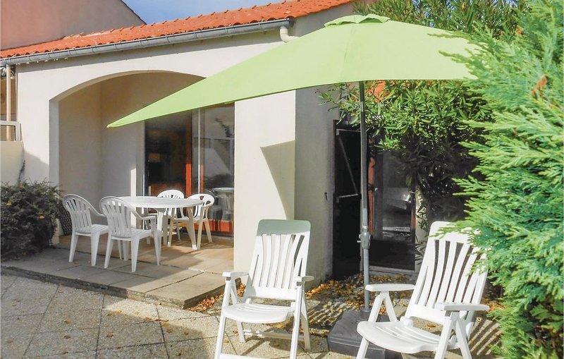 2 Zimmer Unterkunft in La Tranche sur Mer, vacation rental in La Tranche sur Mer
