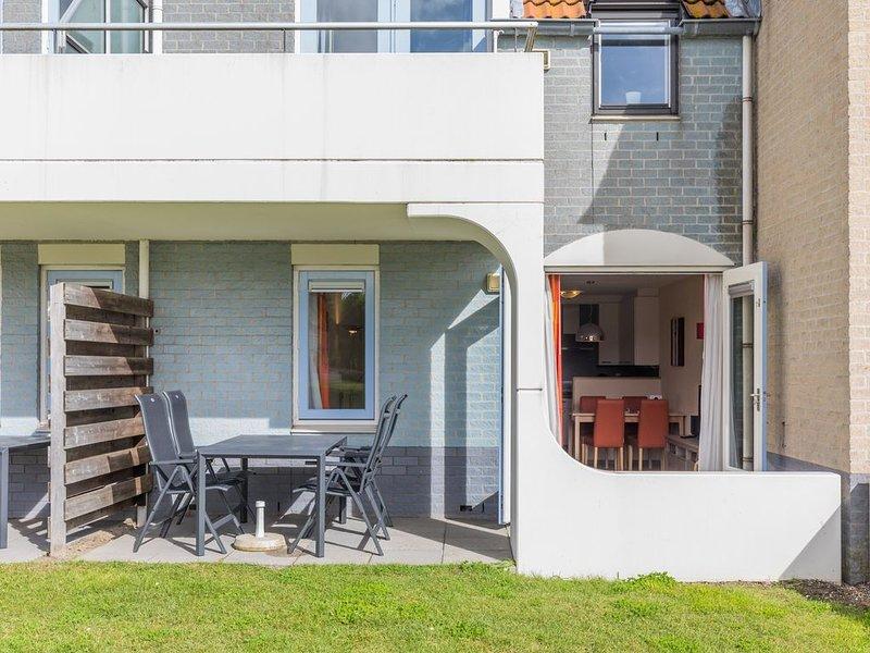 Komfort 4-Personen-Ferienwohnung im Ferienpark Landal Port Greve, holiday rental in Brouwershaven