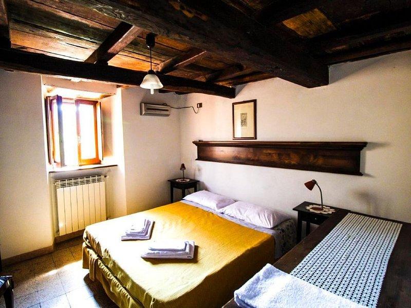 Ferienwohnung Pescorocchiano für 1 - 4 Personen mit 1 Schlafzimmer - Ferienwohnu, holiday rental in Massa D'Albe