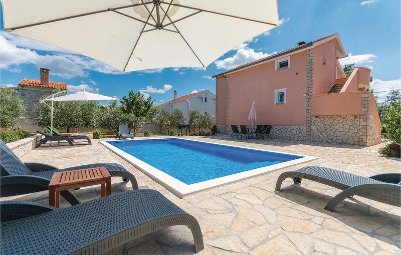 4 Zimmer Unterkunft in Miranje, vacation rental in Benkovac