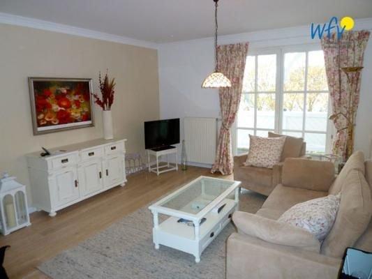 Traumhafte Ferienwohnung im Landhausstil mit Ostseeblick, holiday rental in Lancken-Granitz