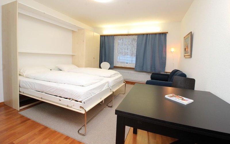 Mehrfamilienhaus an super zentraler Lage in St. Moritz-Bad, location de vacances à St. Moritz