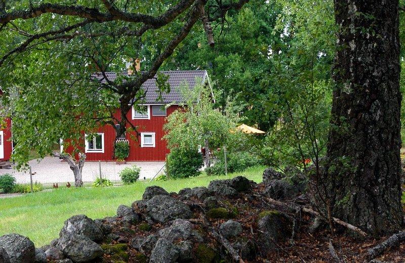 Ferienhaus mit See und eigenem Boot, wo sich Fuchs und Hase 'gute Nacht' sagen – semesterbostad i Södermanlands län