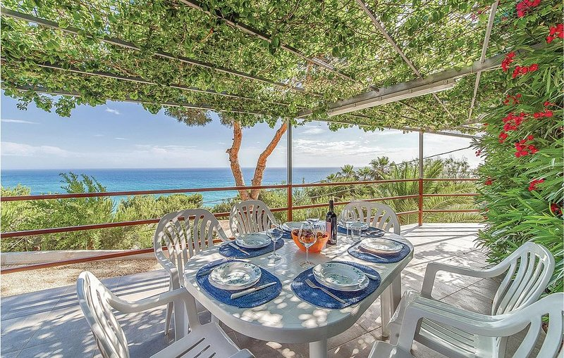 2 Zimmer Unterkunft in Sciacca (AG), vacation rental in Maragani