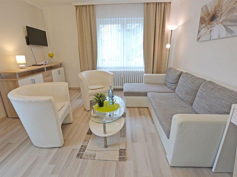 Helles  2-Zimmer-Appartement im Kurgebiet - Fahrstuhl, WLAN, TV, innenstadtnah, Ferienwohnung in Grolsheim
