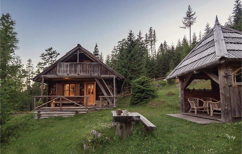 2 Zimmer Unterkunft in Luce, holiday rental in Senturska Gora
