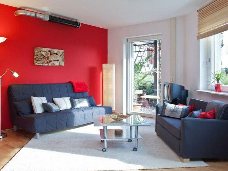 Ferienwohnung Paula, 90qm, 2 Schlafzimmer, 1 Wohn-/Schlafzimmer, max. 5 Personen, vacation rental in Hayingen