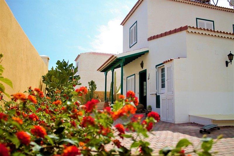 Ferienhaus - Casa Equipo Fuerte, vacation rental in San Miguel de Tajao