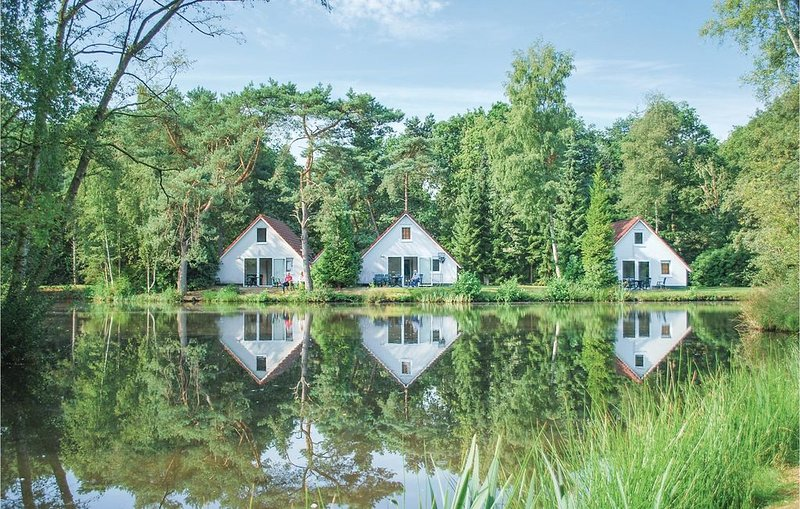 3 Zimmer Unterkunft in Vledder, holiday rental in Drenthe Province