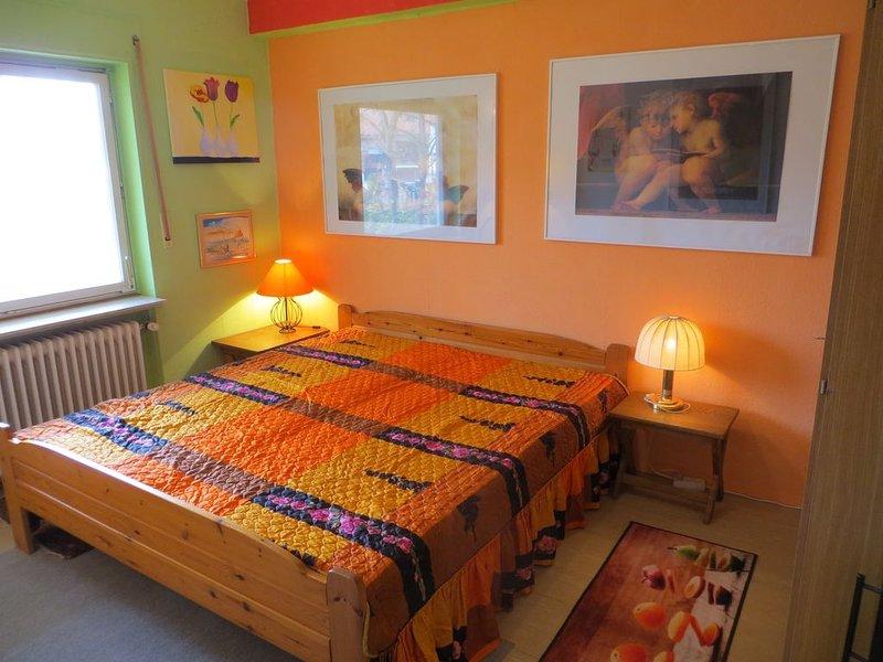 Schön gelegene Ferienwohnung am Waldrand für 2-3 Feriengäste o Geschäftsreise, casa vacanza a Neustadt
