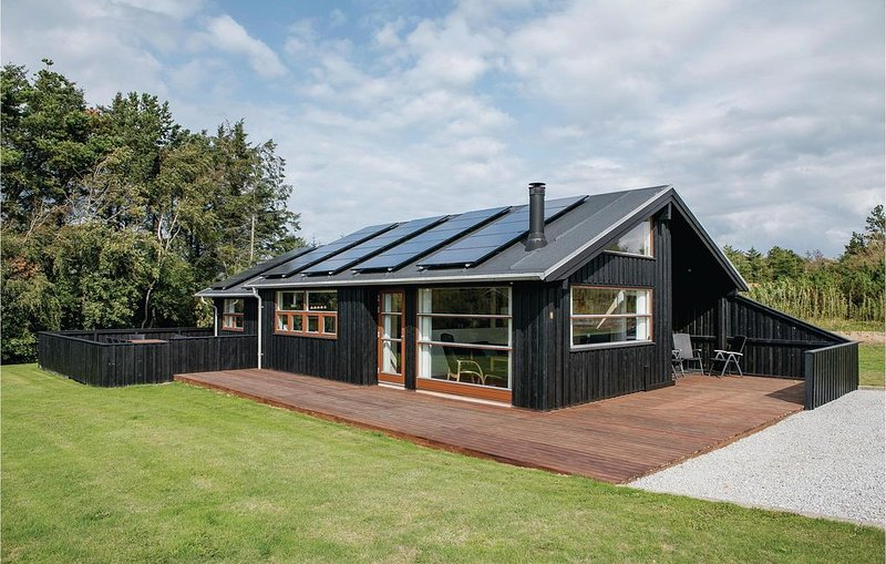 4 Zimmer Unterkunft in Hjørring, casa vacanza a Lonstrup