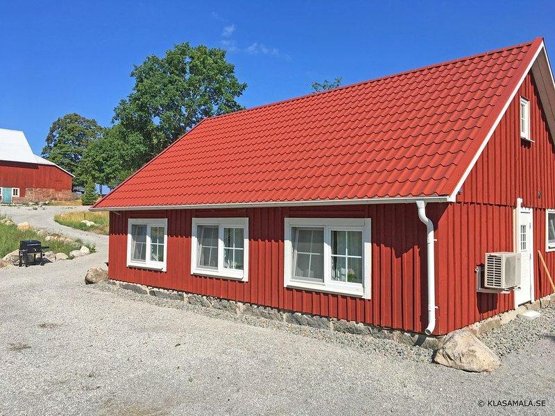 Ferienhaus 'Gamla Smedja', Klasamåla, Småland - Bauernhof am See Åsnen... – semesterbostad i Grimslöv