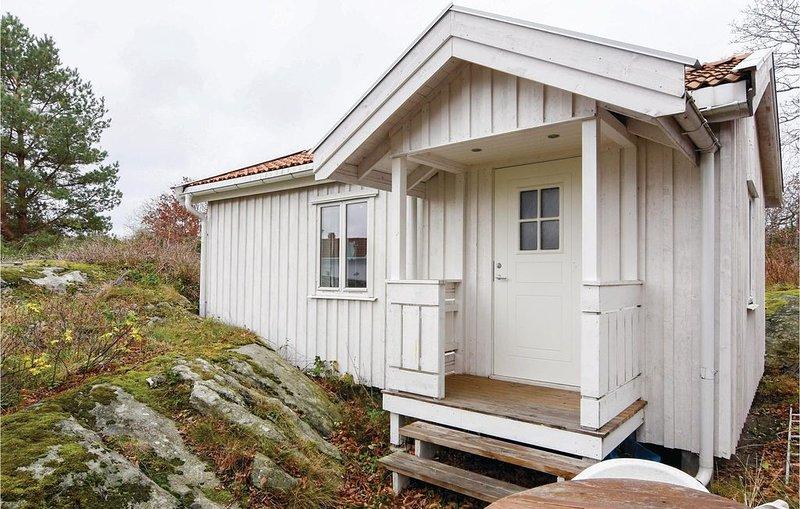 1 Zimmer Unterkunft in Nordkoster, location de vacances à Grebbestad