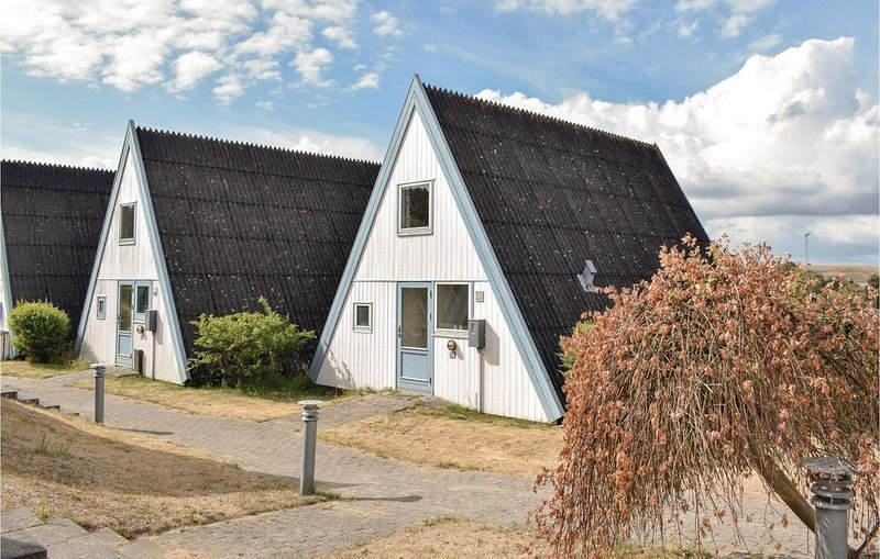2 Zimmer Unterkunft in Knebel, holiday rental in Foelle Strand