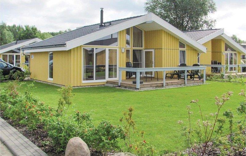 2 Zimmer Unterkunft in Rechlin, holiday rental in Hohenzieritz