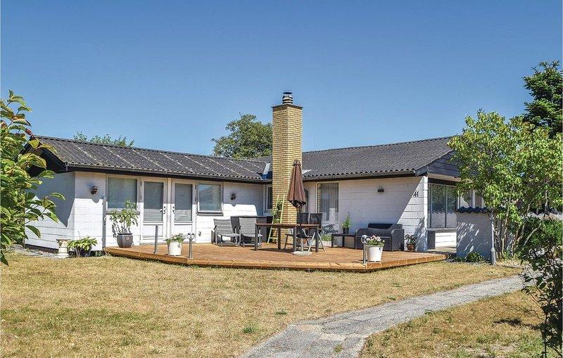 3 Zimmer Unterkunft in Odder, casa vacanza a Harlev