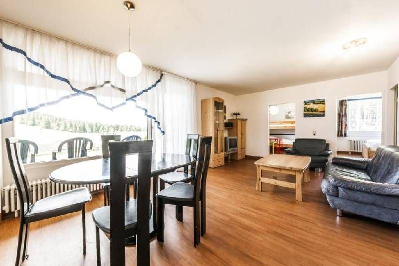 Ferienwohnung SCHWALBE, 65qm, 2 Schlafzimmer, max. 4 Personen, holiday rental in Menzenschwand-Hinterdorf