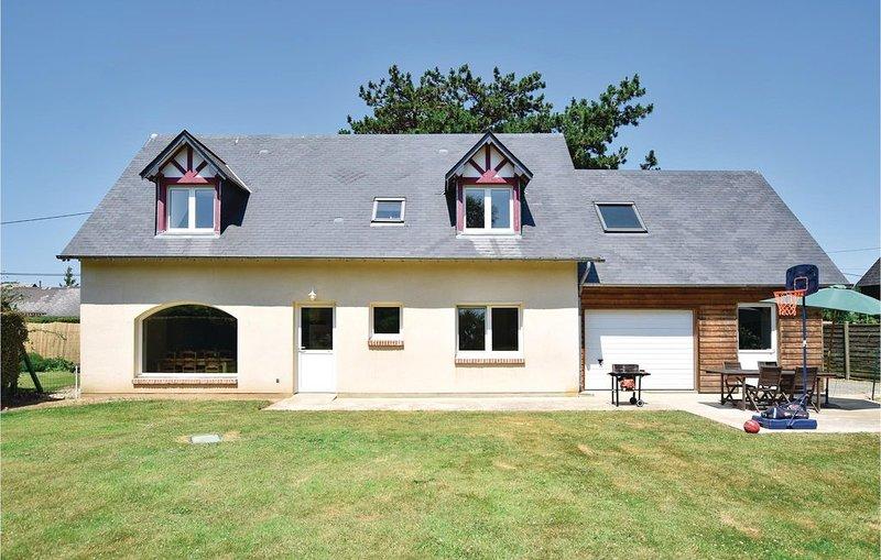 3 Zimmer Unterkunft in Gruchet Saint Simeon, holiday rental in Bretteville-Saint-Laurent