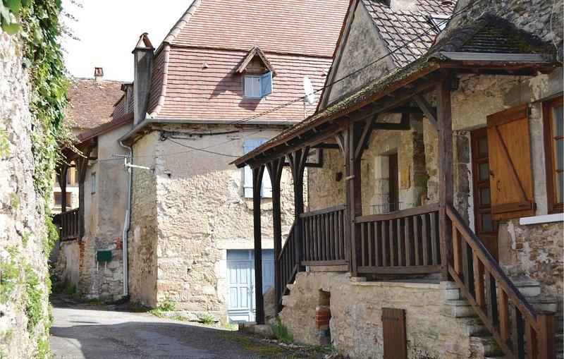 3 Zimmer Unterkunft in Marcilhac sur Célé, holiday rental in Blars