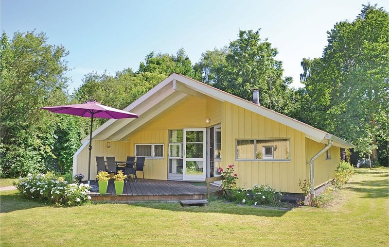 4 Zimmer Unterkunft in Ølsted, holiday rental in Alleroed Municipality
