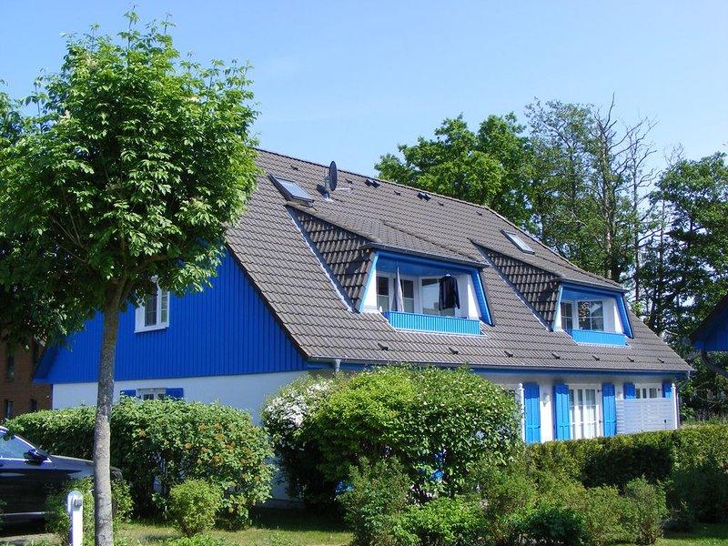 komfortable Maisonette-Wohnung im Mühlenpark, WLAN, 4 Personen, West-Loggia,, holiday rental in Ostseebad Prerow