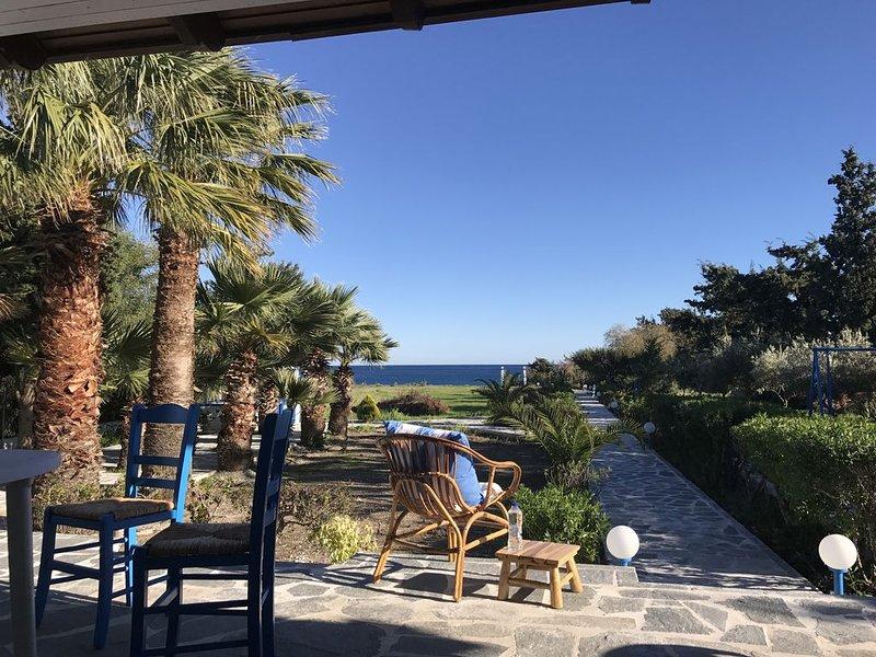 Strandvilla: Villa Thalassa (direkt am Strand, freistehend!), vacation rental in Gennadi