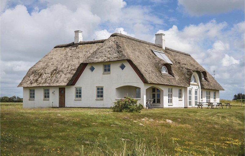 10 Zimmer Unterkunft in Vemb, holiday rental in Thorsminde